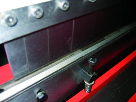 DOSTAWA GRATIS! 44350113 Uniwersalna obrabiarka do blachy gietarka-gilotyna-walcarka-zwijarka Holzmann (średnica wałków do zwijania: 42 mm, max. długość pracy: 1016 mm)