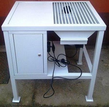 Stół spawalniczy z odciągiem dymu, 1 szafka (wymiary: 1000x600x900 mm) 77156990